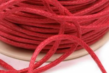 Šňůra bavlněná voskovaná 1,5 mm délka 3 m - tmavě červená